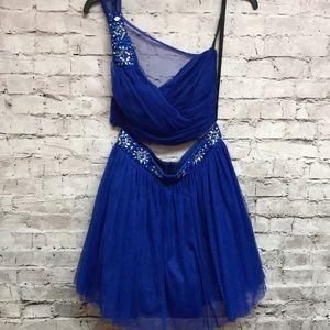 Windsor homecoming blue 2pc dress Sz 9/10 formal